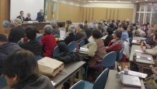 裁判後の報告集会 (2014年2月19日、宮本憲一先生)