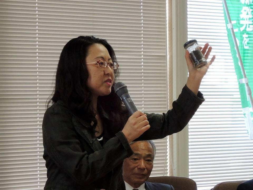 報告集会での福島敦子さん
